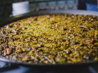 ¿Cuánto cuesta hacer una paella valenciana?