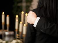 ¿Cuánto cuesta organizar un entierro?