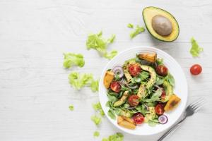 cuánto cuesta la comida vegana